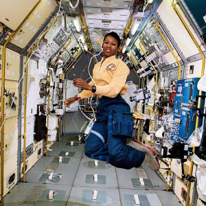 Star Explorer Mae Jemison: The Sky Connects Us
